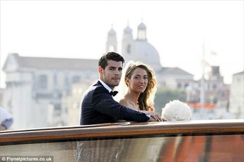 Alvaro Morata to chuc dam cuoi tai Venice hinh anh