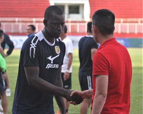 NONG Doi bong cua Cong Vinh chieu mo chan sut tung du FIFA Club World Cup hinh anh