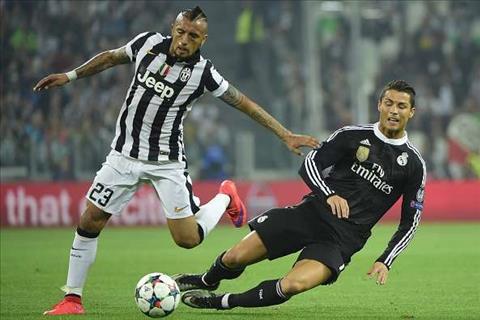 Vidal Ronaldo thuong xuyen ao tuong ve ban than hinh anh