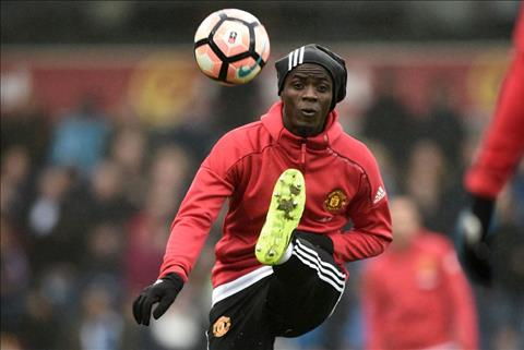 Bailly tiet lo 2 ky nang duoc cai thien duoi thoi Mourinho hinh anh