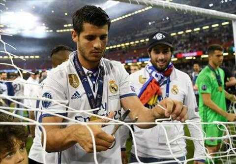 Tin nong chuyen nhuong ngay 86 MU chòng them tièn mua Alvaro Morata hinh anh