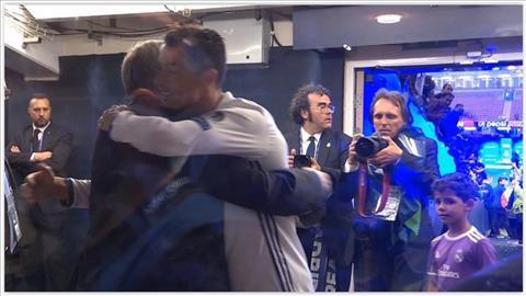 Tinh cam thay tro dang nguong mo giua Sir Alex vs Ronaldo hinh anh