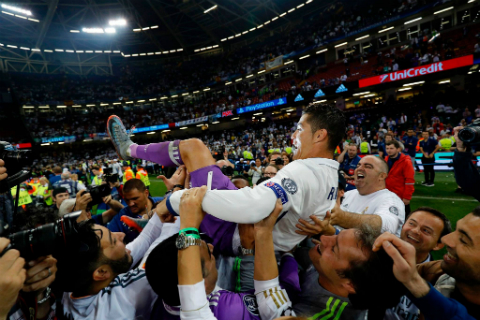 Zinedine Zidane: Khi may man tro thanh thuong hieu3