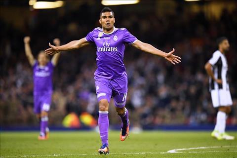 Casemiro da thay doi ca Real Madrid hinh anh