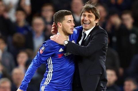 Conte phan no khi Bi trieu tap Hazard bat chap chan thuong hinh anh
