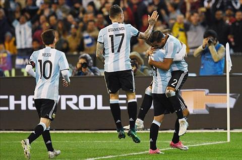 Brazil 0-1 Argentina Tan HLV Sampaoli ra mat tam on o Albiceleste nho tro cu hinh anh 2