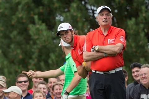 Linh an treo gio, Gareth Bale choi golf giai khuay hinh anh