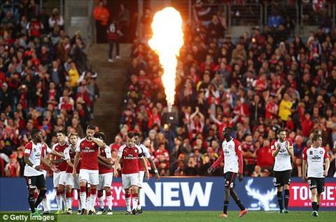 Tong hop Western Sydney 1-3 Arsenal (Giao huu he 2017) hinh anh