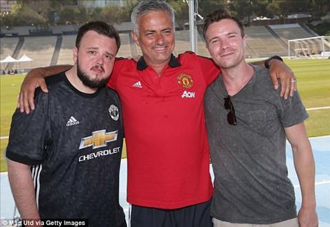 Duong nhien, HLV Jose Mourinho cung khong bo lo co hoi nay