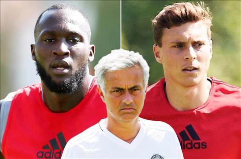 Goc MU Khi Mourinho dung tren vai cua nhung nguoi khong lo hinh anh 3