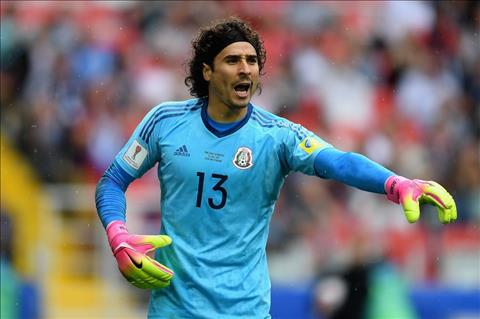 Du am BDN 2-1 Mexico Khi Ochoa tu xay tuong lai chinh minh hinh anh 3