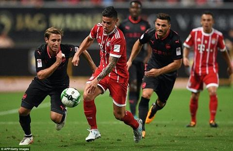 Chua gi, nguoi Bayern Munich da chan ngay James hinh anh