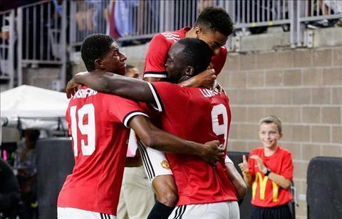 MU thang Man City 2-0 tai ICC Mot voc lac quan! hinh anh 3