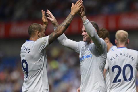 Rooney som tim lai ban nang san ban trong mau ao Everton hinh anh