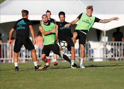 Real Madrid vs Man Utd (4h05 ngay 247) Ban nhap cho thuc chien hinh anh 2