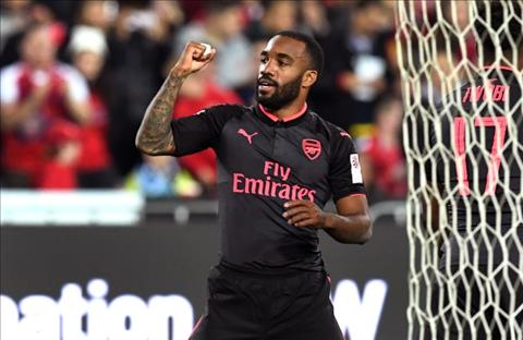 Hang cong Arsenal Van con do nhung noi lo hinh anh 2