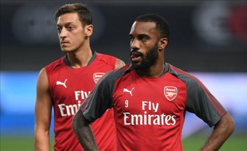 Hang cong Arsenal Van con do nhung noi lo hinh anh