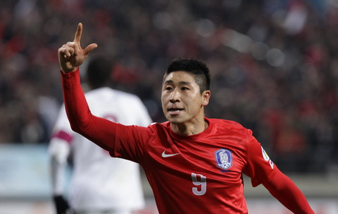 Le Geun Ho la cai ten dang chu y cua K-League Classic giao huu voi U22 Viet Nam.