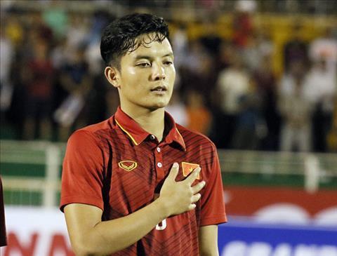 HLV Park Hang Seo để mắt tới trung vệ Hoàng Văn Khánh hình ảnh