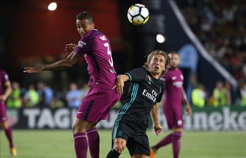 Man City 4-1 Real Khi Guardiola dung xong duong ray chien thang hinh anh 2