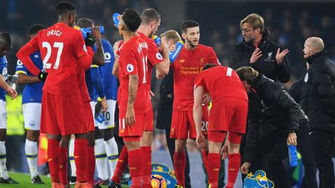 Jurgen Klopp thua nhan phong ngu dang la diem yeu cua Liverpool.