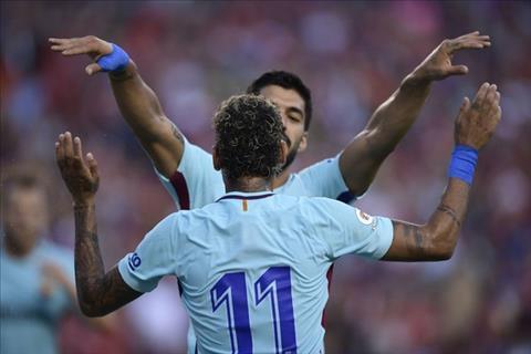 Man an mung cua Neymar va Suarez