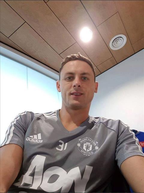 HLV Mourinho noi gi ve tin don MU chot xong vu Matic hinh anh