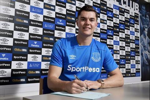 Sao Everton tiet lo ly do tu choi Man Utd hinh anh