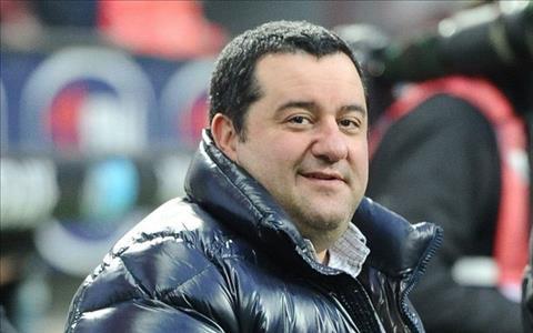 Mino Raiola dang la than tuong o Old Trafford