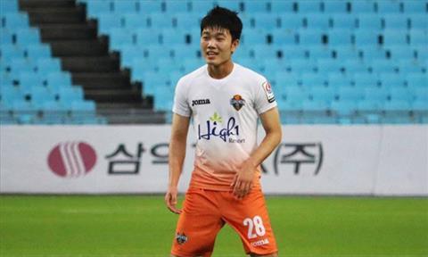 Xuan Truong da duoc trao co hoi nhung chua the hien duoc nhieu. Anh: GangwonFC.
