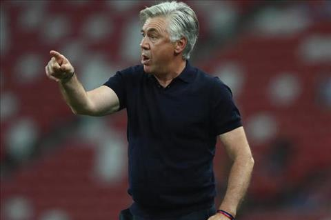 HLV Ancelotti tha chet khong dan dat Juventus hinh anh