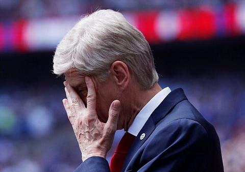 Liverpool 4-0 Arsenal Thua boi sai lam cua Wenger hinh anh 2