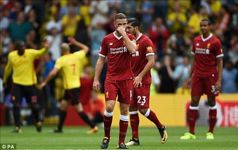 Liverpool mat chien thang vao phut chot