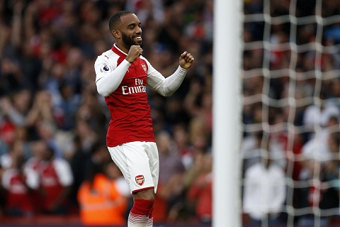 Bom tan cua Arsenal di vao lich su Premier League hinh anh