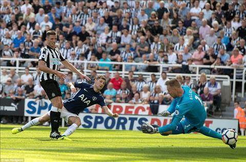 Thay gi sau tran Newcastle 0-2 Tottenham hinh anh 3