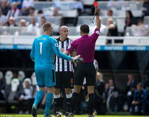 Thay gi sau tran Newcastle 0-2 Tottenham hinh anh