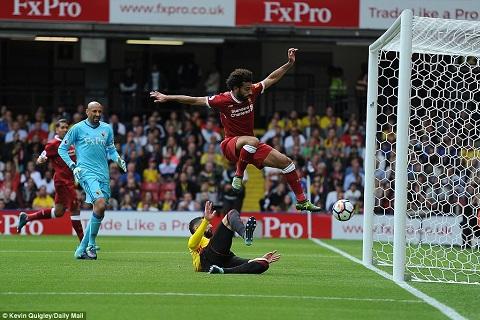 Salah da no sung trong lan ra mat Liverpool