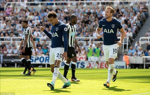 Thay gi sau tran Newcastle 0-2 Tottenham hinh anh 4
