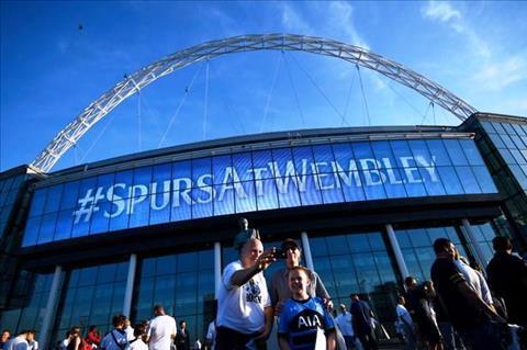 Thao luan Tottenham va hieu ung san nha Wembley hinh anh