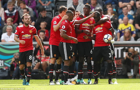 HLV Leicester ung ho Man Utd se vo dich Premier League hinh anh