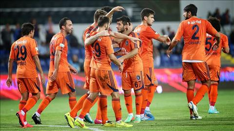 Nhan dinh Istanbul Basaksehir vs Club Brugge 00h45 ngay 38 (So loai Champions Leage) hinh anh