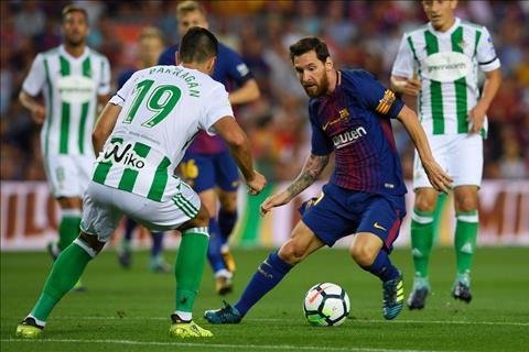 Cham diem Barca 2-0 Betis Messi sang nhat du khong ghi ban hinh anh