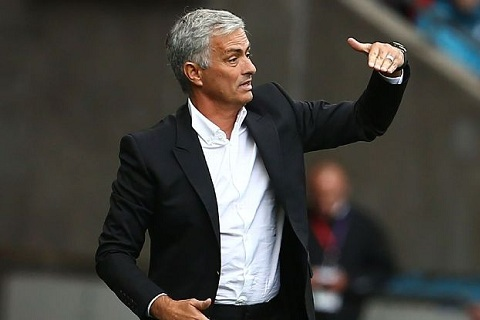 Mourinho ung ho Premier League dong cua TTCN he som hon hinh anh