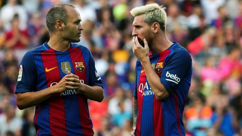 Lionel Messi va Andres Iniesta bi cho la dang can nhac viec roi Barca.