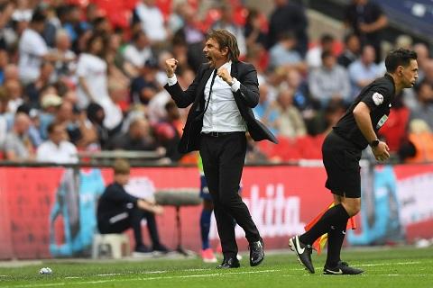 Conte da chu dong phong ngu cho tran gap Tottenham