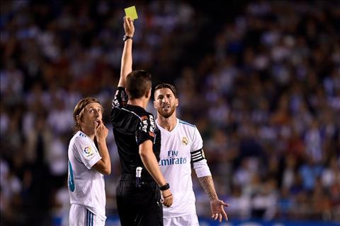 Real Madrid tinh doi lai cong bang cho Sergio Ramos hinh anh