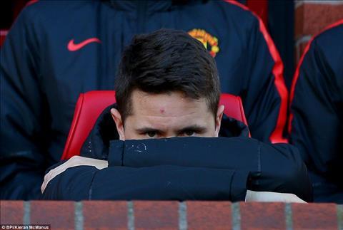 Co Pogba va Matic roi, lieu Man Utd co dam lang quen Herrera hinh anh