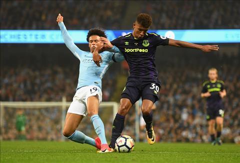 Nhung diem nhan sau tran Man City 1-1 Everton hinh anh 3