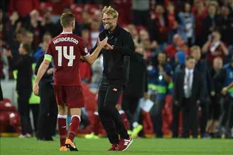 Nguoi Liverpool da san sang tra thu Sevilla hinh anh
