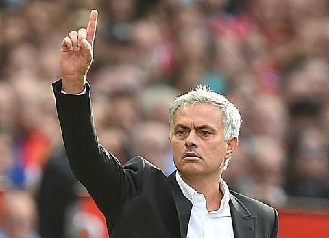 Diem tin Bong da 24h sang ngay 119 Mourinho sap gia han hop dong voi MU hinh anh
